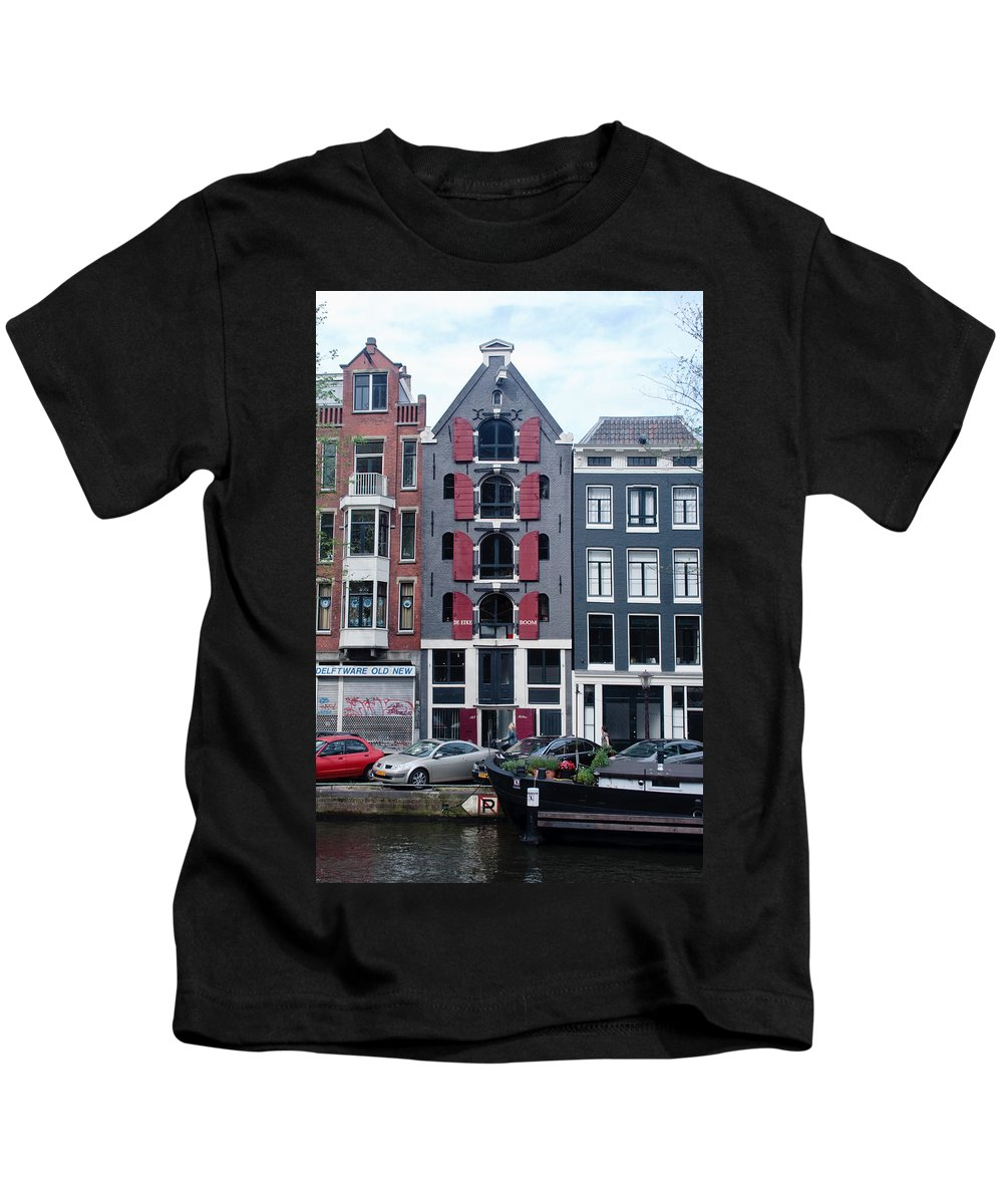 Amsterdam Kids T-Shirt featuring the photograph Dutch Canal House by Thomas Marchessault
