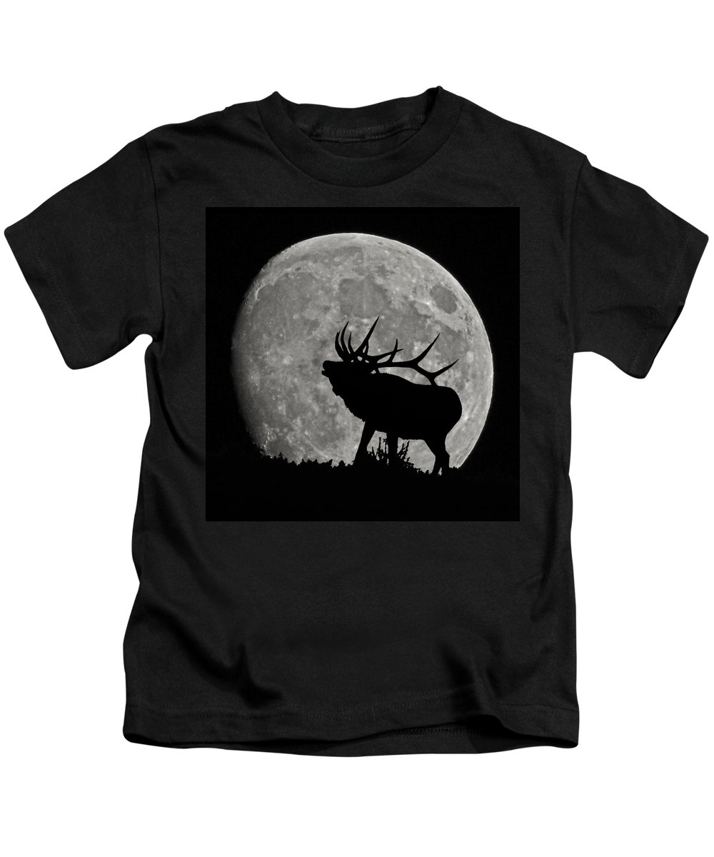 Silhouette Kids T-Shirt featuring the photograph Elk Silhouette On Moon by Ernie Echols