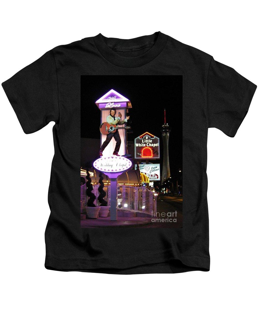 Las Vegas Kids T-Shirt featuring the photograph Elvis Lives by John Malone