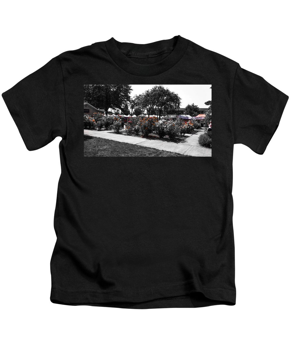 Vancouver Kids T-Shirt featuring the photograph Esther Short Park Rose Garden by Melissa Coffield