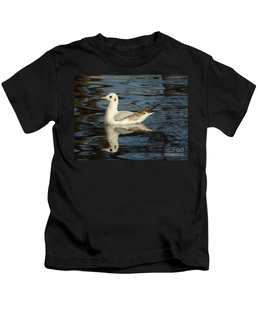 Kids T-Shirt featuring the photograph Fall In The Lake In Vienna No.2 by Nili Tochner