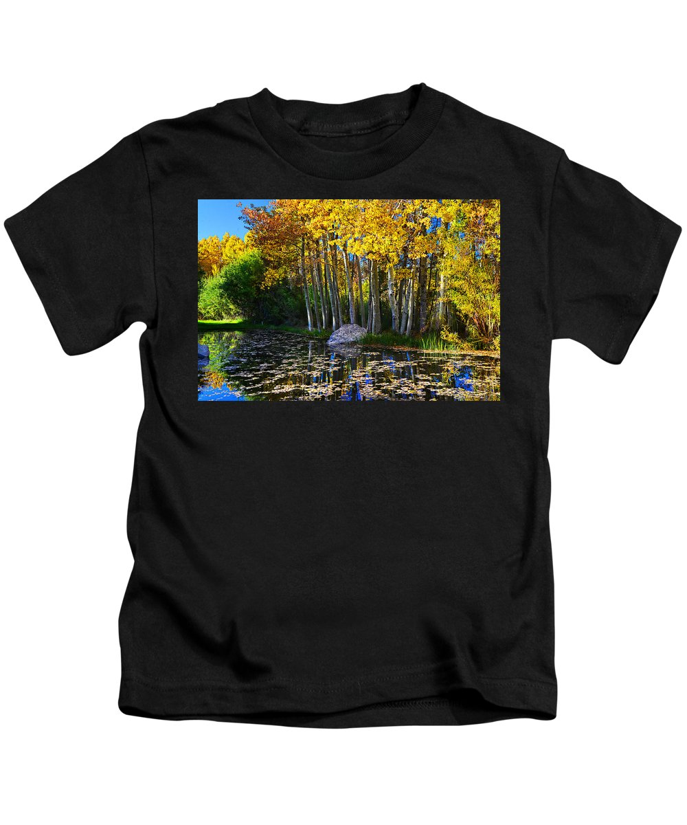 Aspen Kids T-Shirt featuring the photograph Fall Pond In Mammoth by Lynn Bauer
