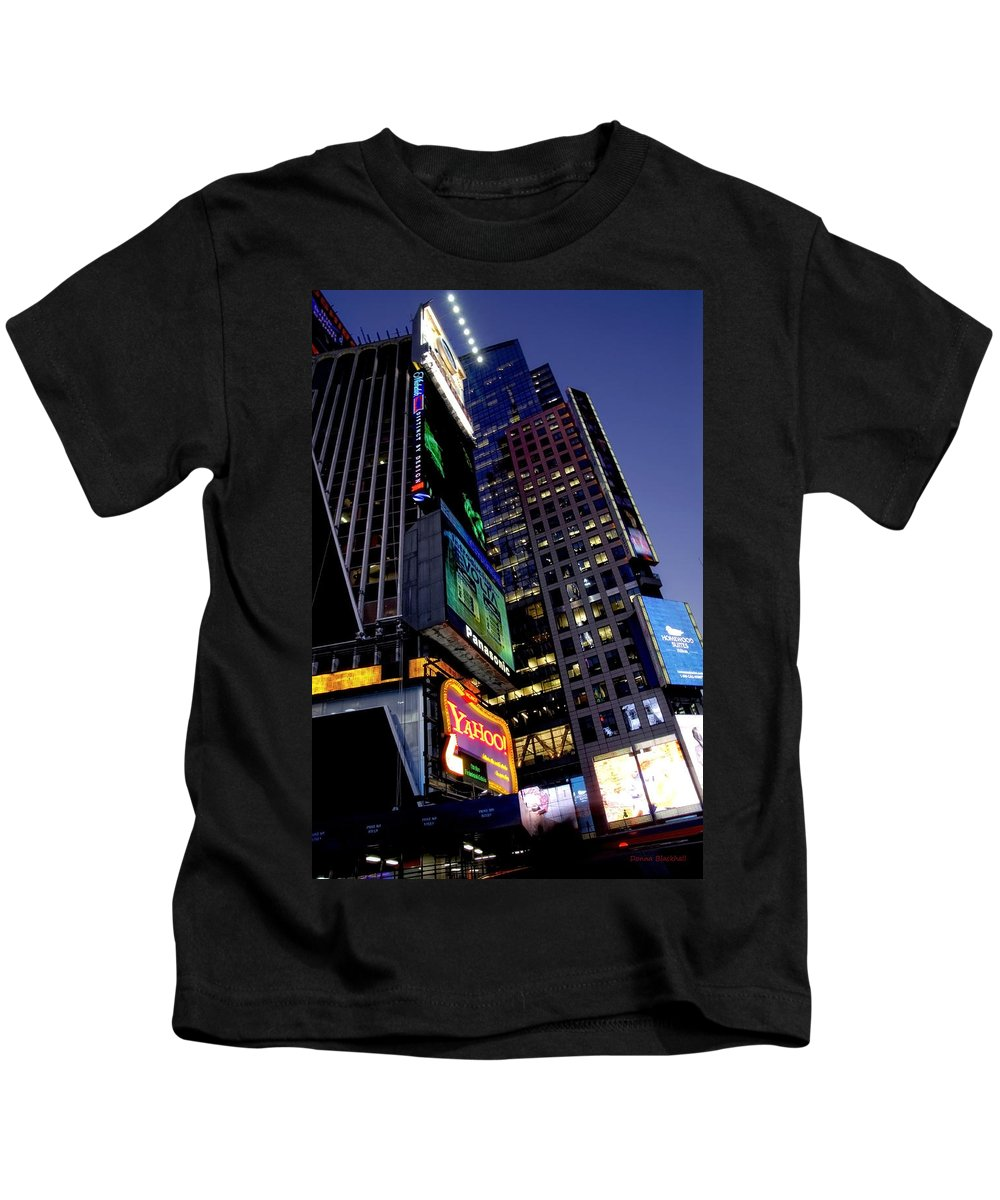 New York Kids T-Shirt featuring the photograph Flash by Donna Blackhall