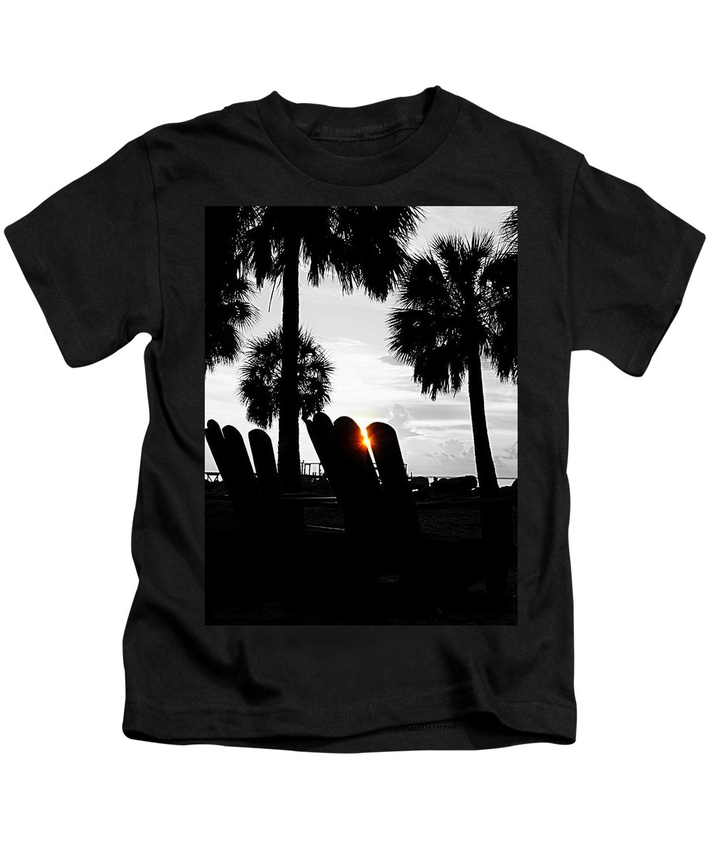 Sunset Kids T-Shirt featuring the photograph Front Row For Sunset by Paul Wilford