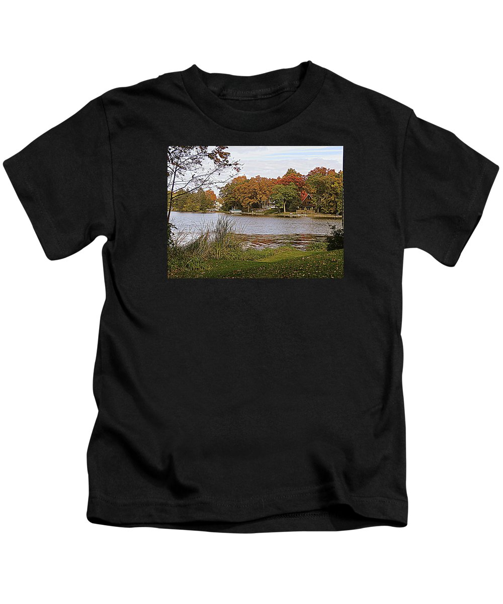 Fox River Kids T-Shirt featuring the photograph Go Live On The River by Kay Novy