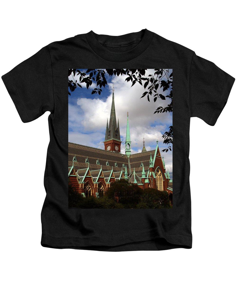 Goteberg Kids T-Shirt featuring the photograph Gotebrg Se 105 by Jeff Brunton