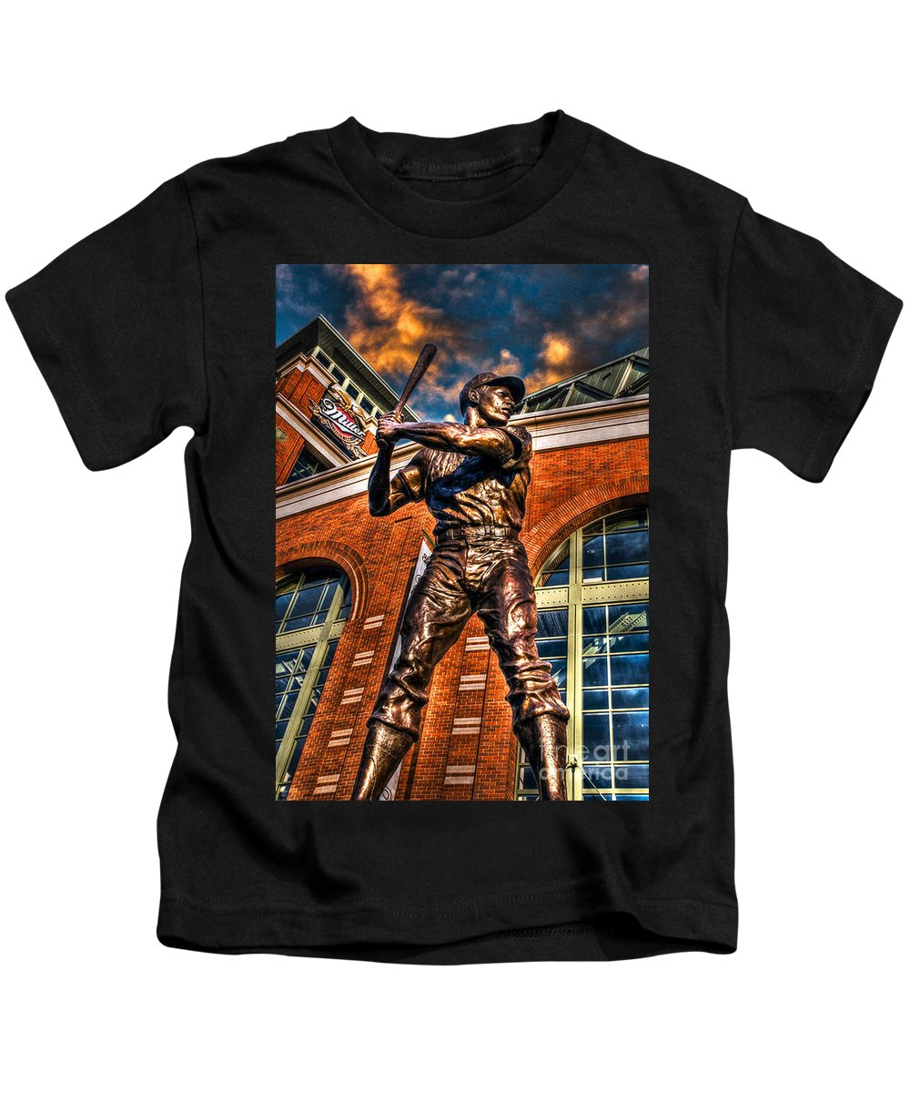 Hank Aaron Kids T-Shirt featuring the photograph Hank Aaron In Hdr by Tommy Anderson