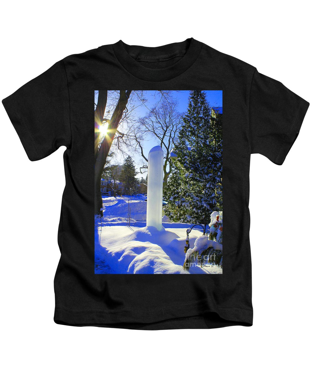 Homage Kids T-Shirt featuring the photograph Homage To Winter In The City by Nina Silver