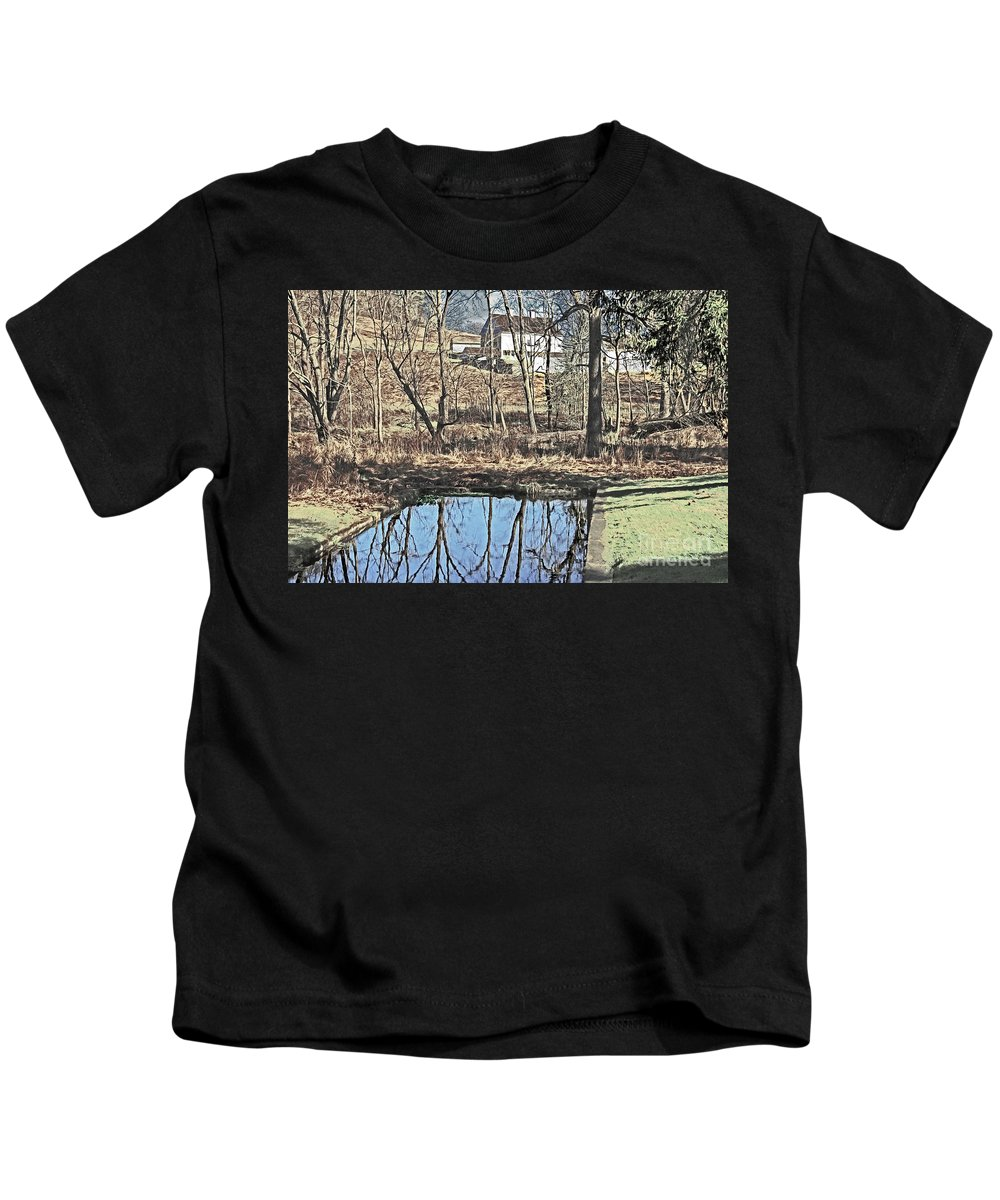 House Kids T-Shirt featuring the photograph House And The Reflecting Pool by Dawn Gari