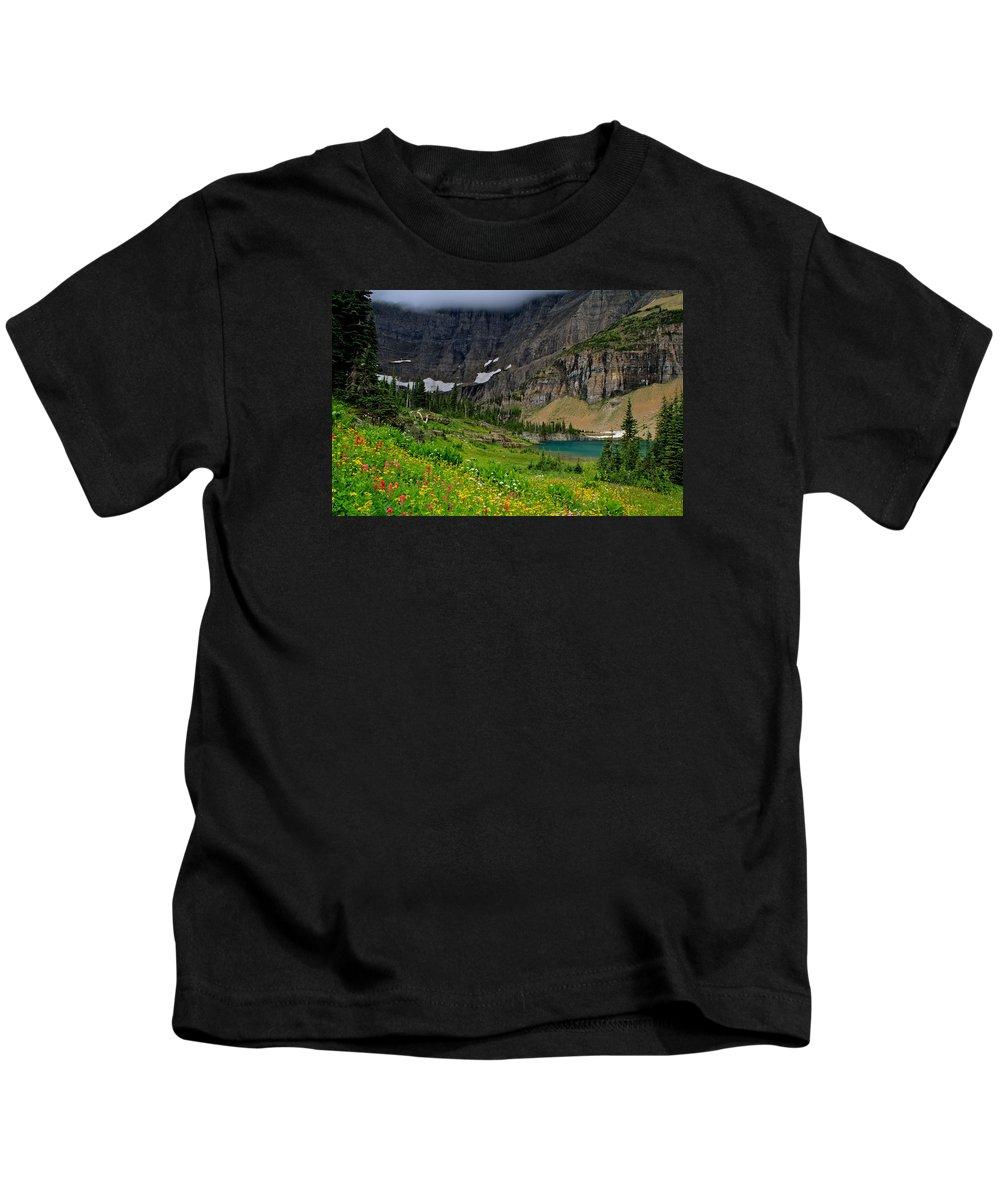Pinnacle Wall Kids T-Shirt featuring the photograph Iceberg Park Tarn Glacier National Park Montana by Ed Riche