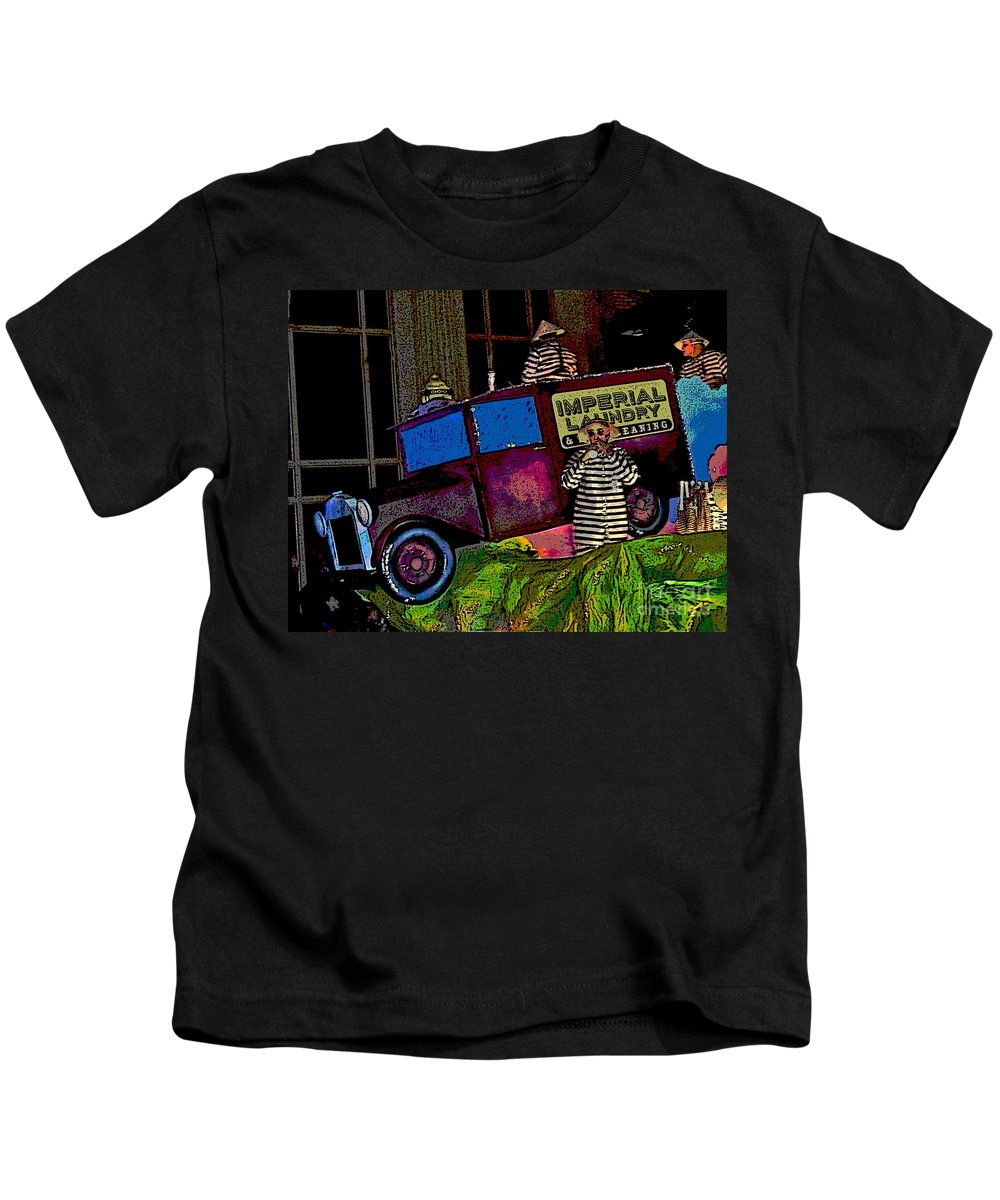 Digital Art Kids T-Shirt featuring the photograph Imperial Laundry Truck by Marian Bell