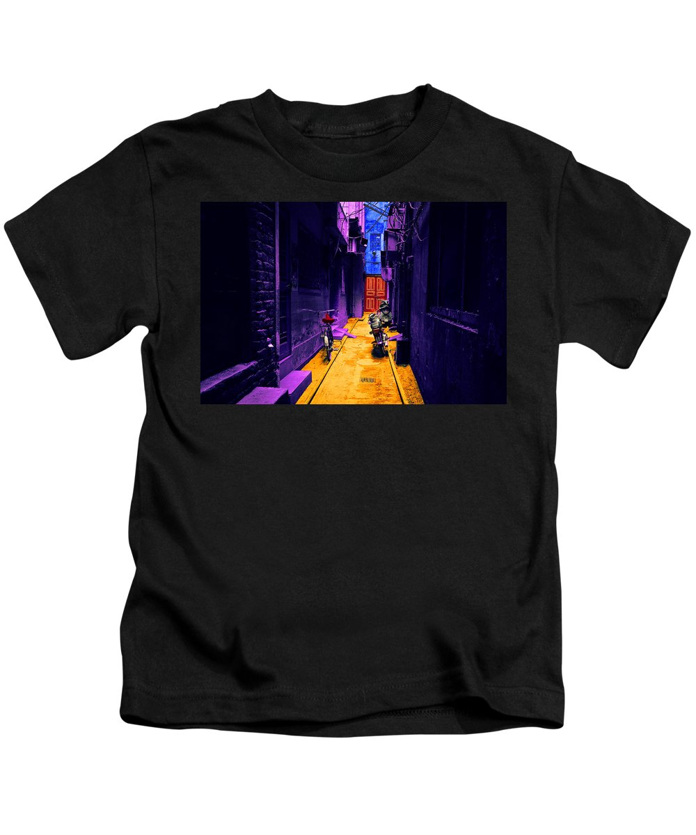 Kids T-Shirt featuring the digital art Impressionistic Photo Paint Ls 007 by Catf