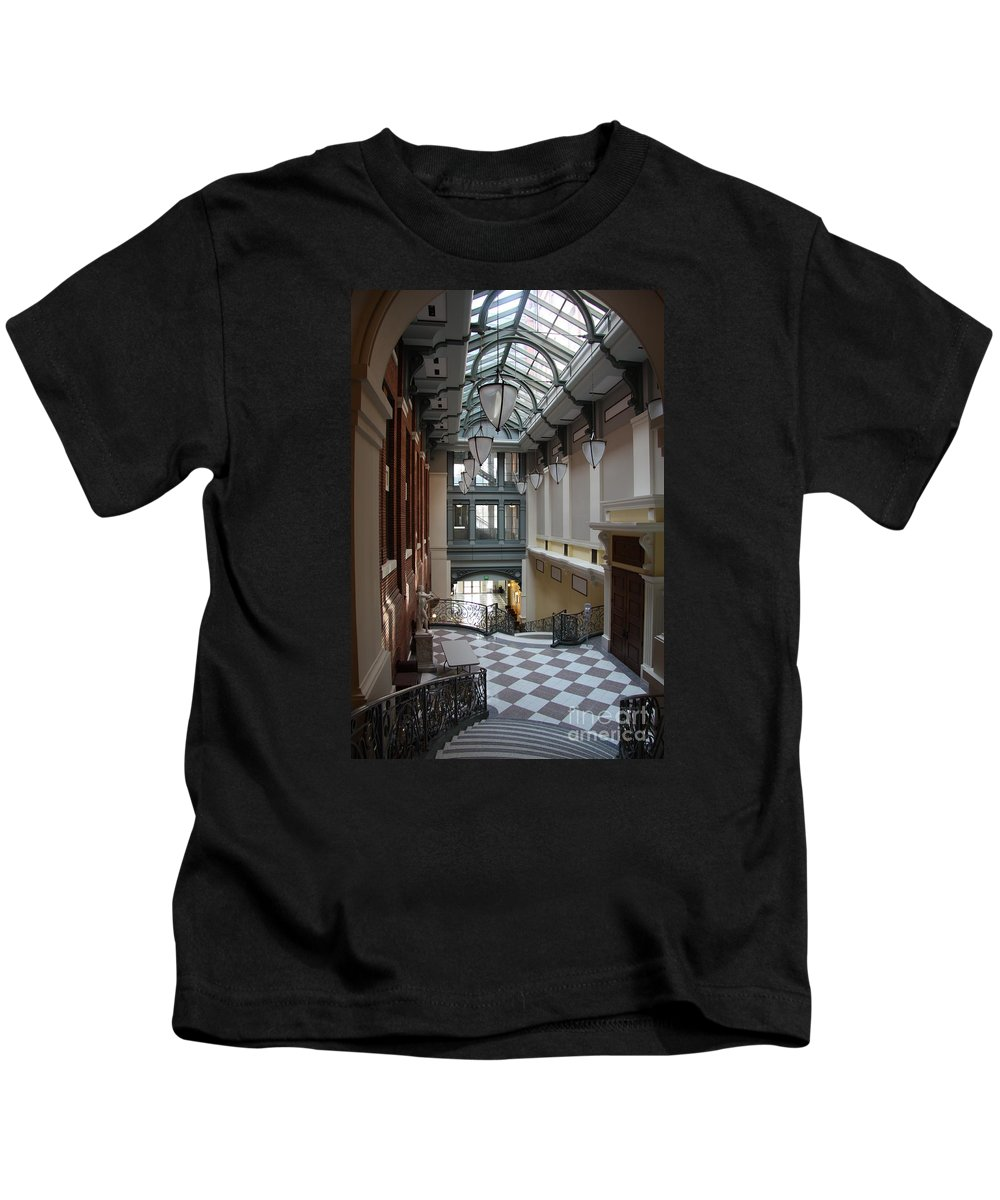 Hallway Kids T-Shirt featuring the photograph In The Hallway - Peabody Library by Christiane Schulze Art And Photography