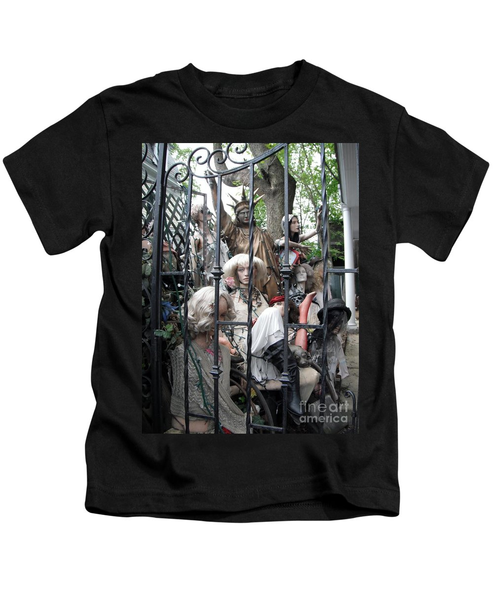 Statue Of Liberty Kids T-Shirt featuring the photograph Land Of The Free #2 by Susan Carella