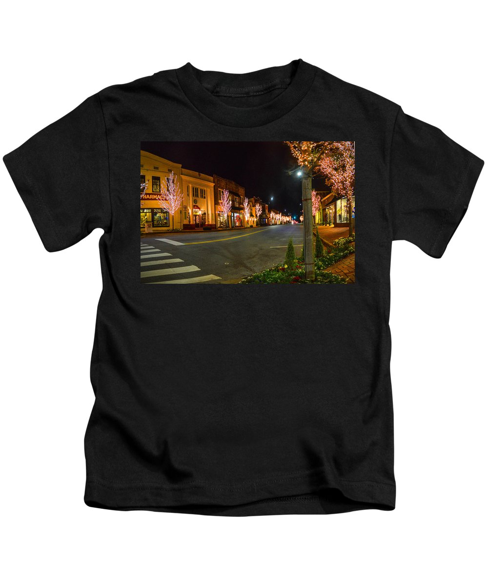 Palm Kids T-Shirt featuring the digital art Lights Down Fairhope Ave by Michael Thomas