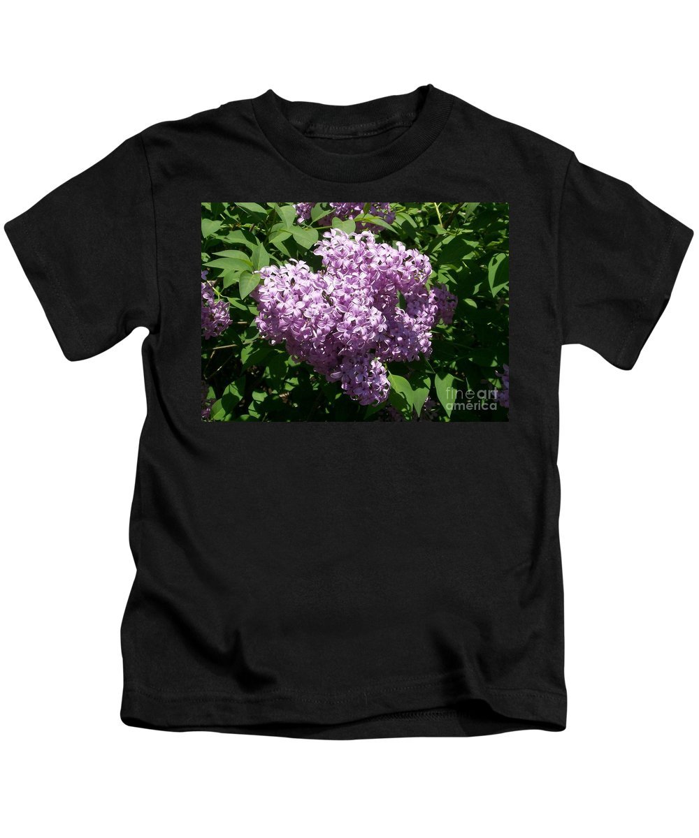 Lilac Kids T-Shirt featuring the photograph Lilac Ready For A Closeup by Laurie Eve Loftin