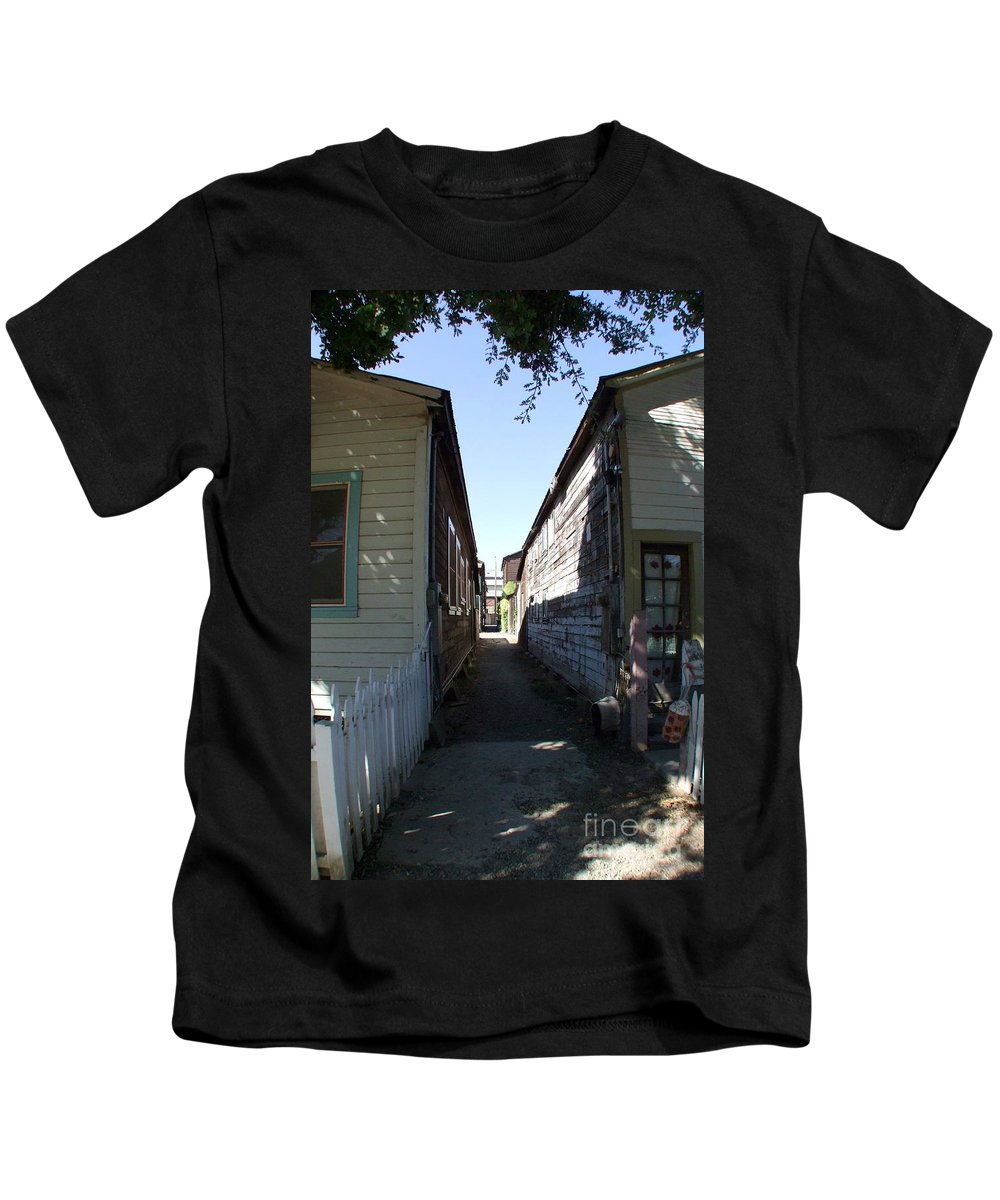 Alley Kids T-Shirt featuring the photograph Locke Chinatown Series - Back Alley - 6 by Mary Deal