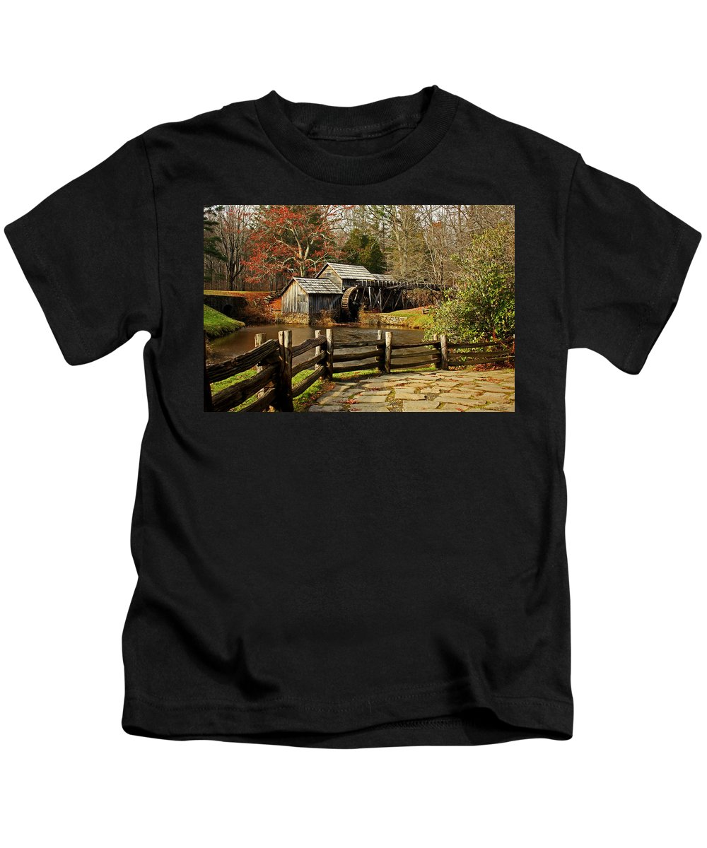 Mabry Mill Kids T-Shirt featuring the photograph Mabry Mill by Suzanne Stout