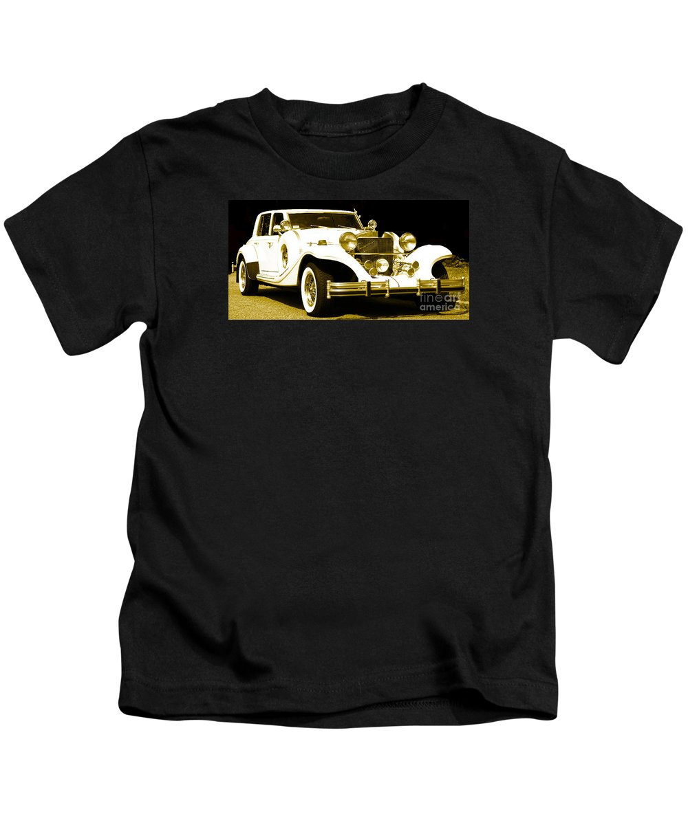 Parked Automobile (excalibur) Kids T-Shirt featuring the photograph Midnight Rider 89 by Theresa Cummings