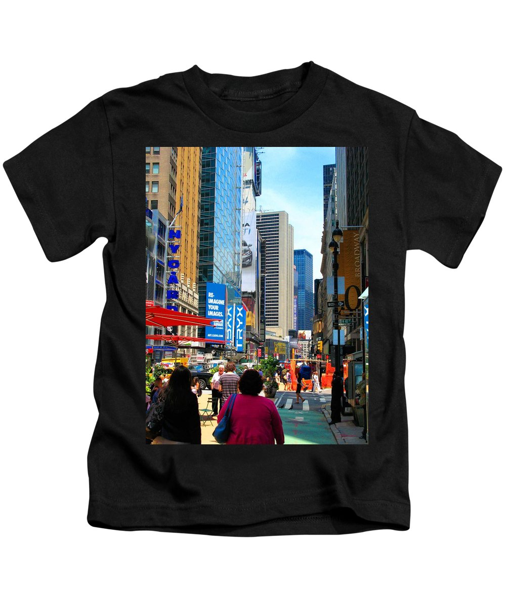 Midtown Kids T-Shirt featuring the photograph Midtown by Robert McCulloch