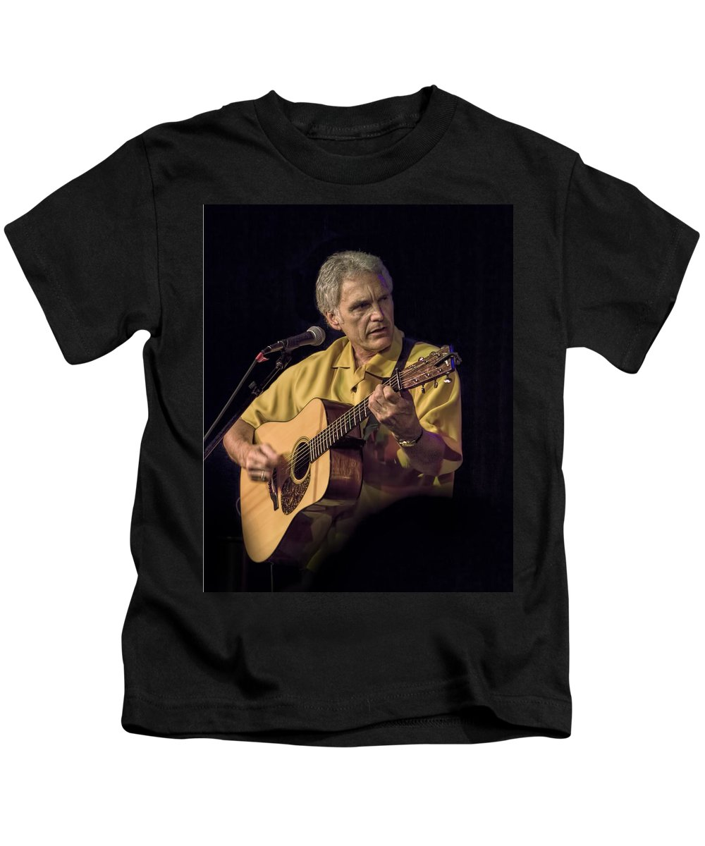 Art Kids T-Shirt featuring the photograph Musician And Songwriter Verlon Thompson by Randall Nyhof