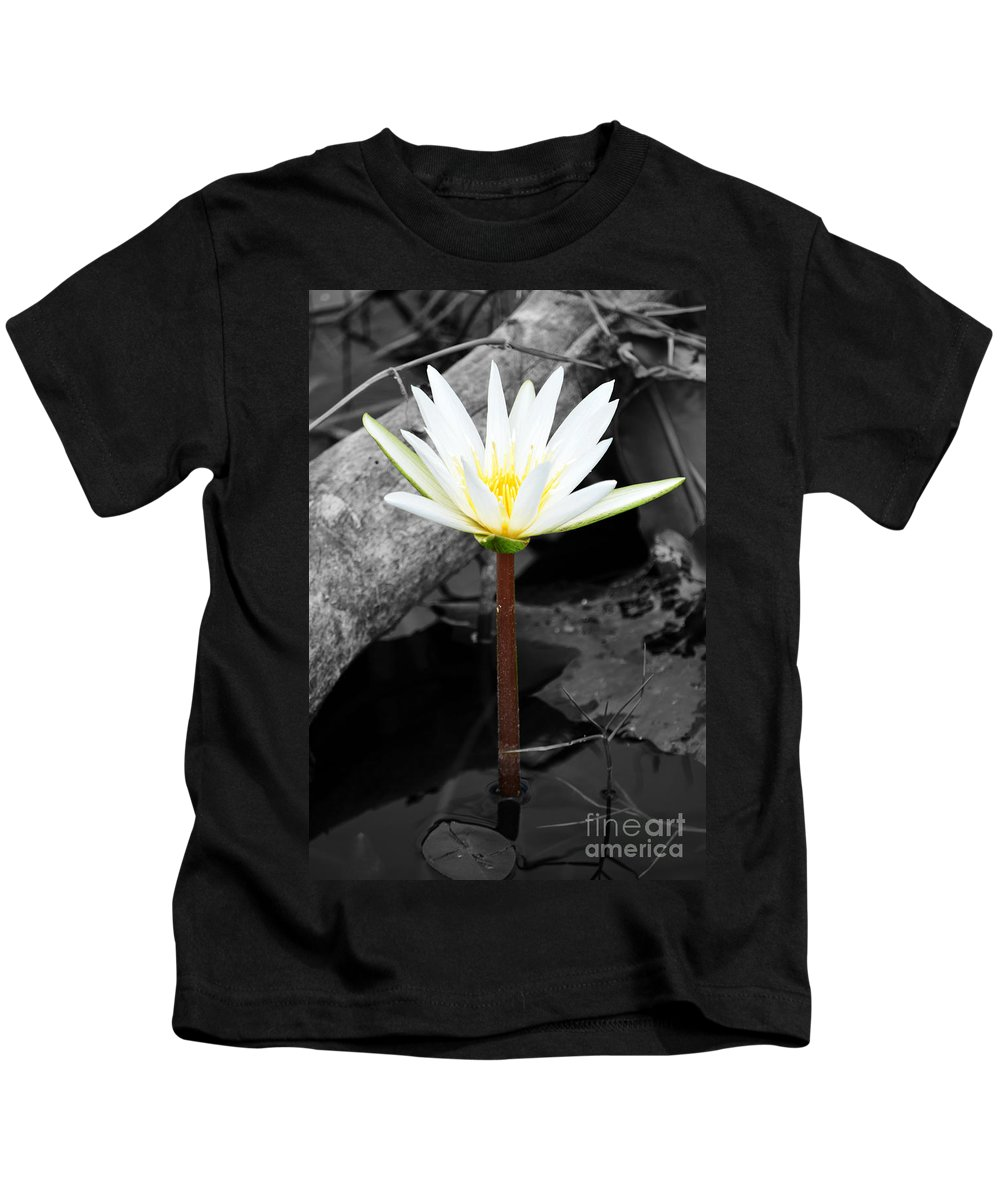Flower Kids T-Shirt featuring the photograph Natural White Water Lily Found On The East Coast Of Cozumel Island Mexico Color Splash Digital Art by Shawn O'Brien