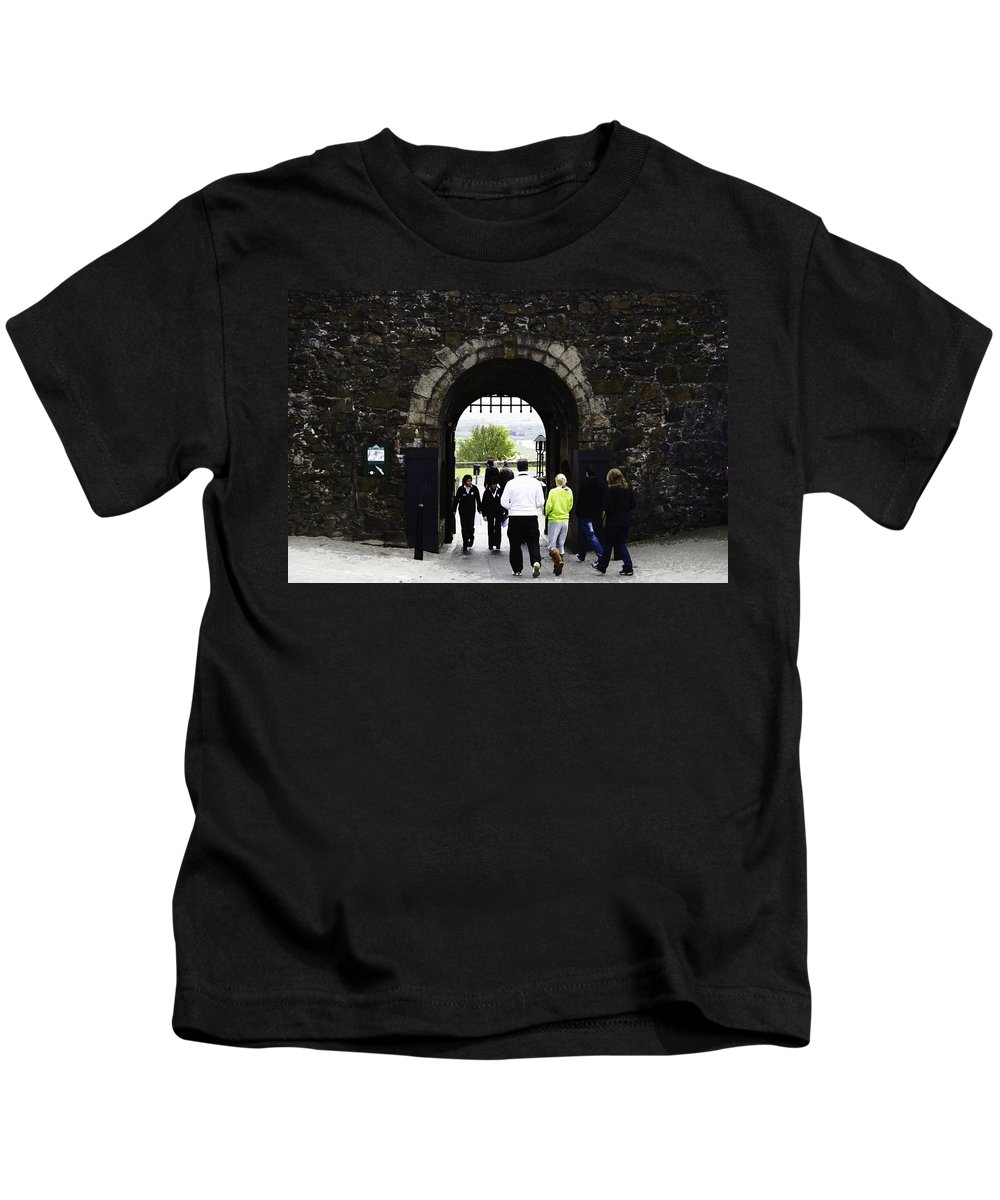 Action Kids T-Shirt featuring the digital art Oil Painting - Staff And Tourists At The Entrance Of Stirling Castle by Ashish Agarwal