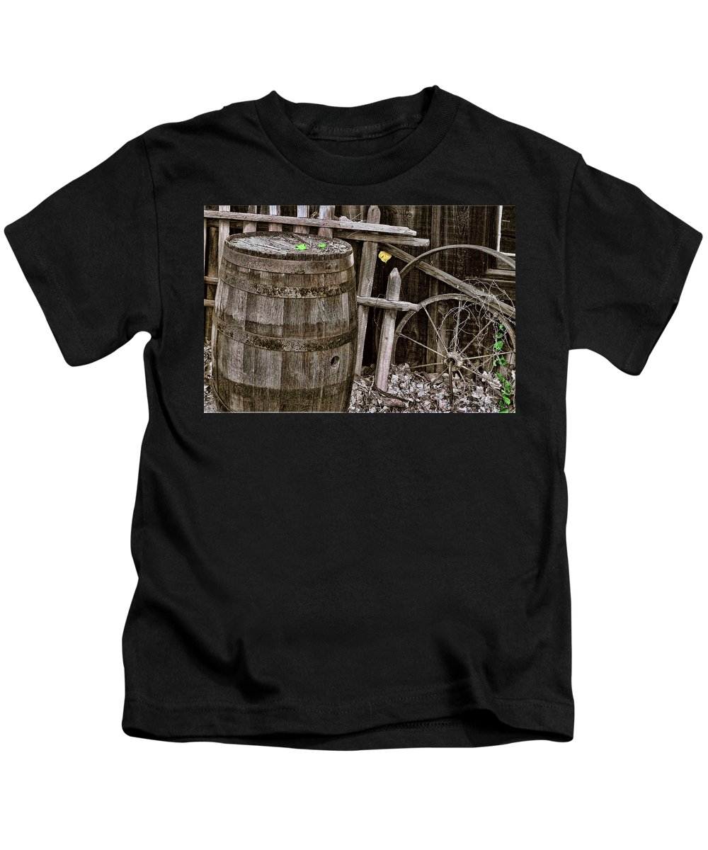 Barrel Kids T-Shirt featuring the photograph Old Barrel by David Sanchez