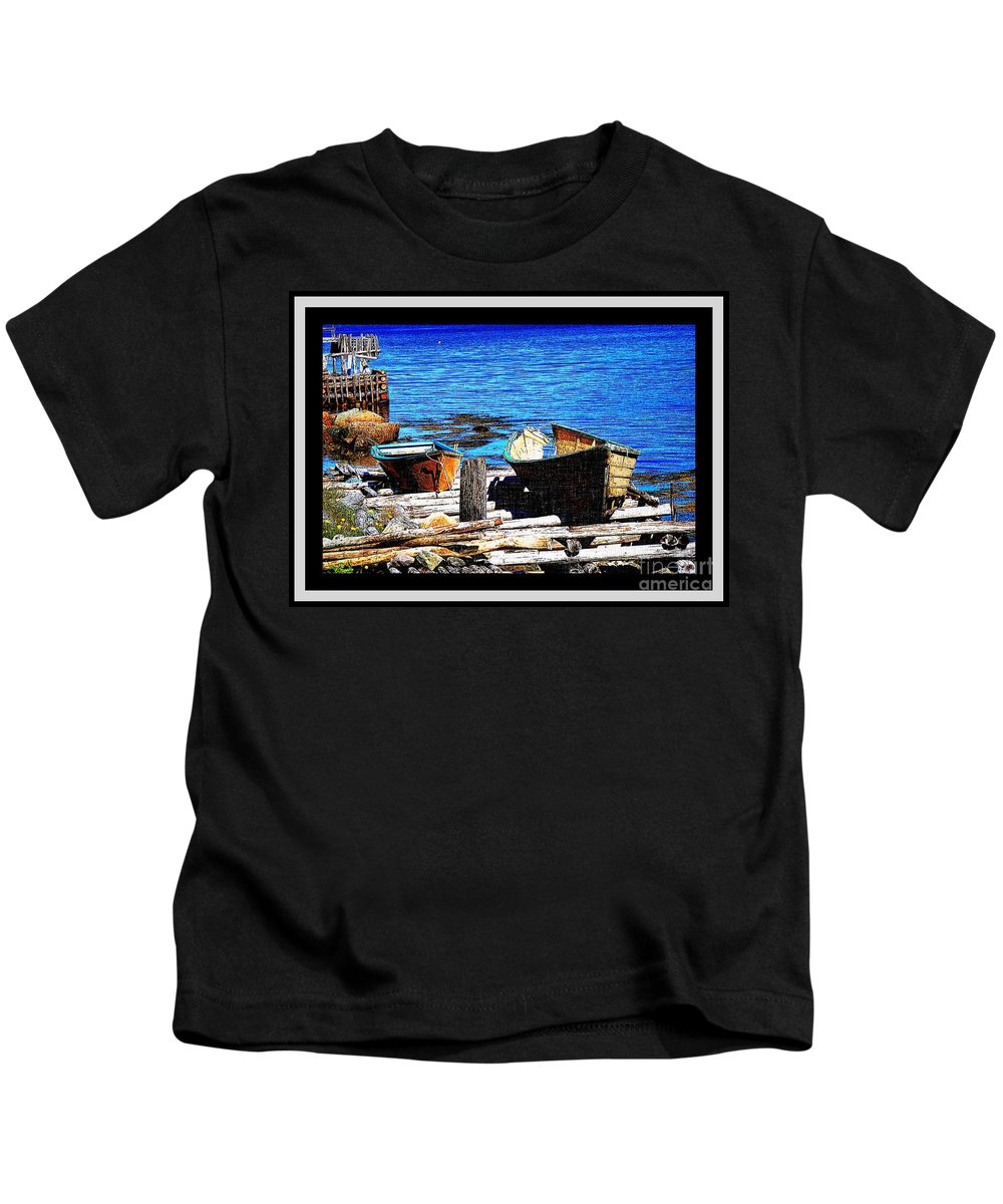 Old Dory New Punt Kids T-Shirt featuring the photograph Old Dory New Punt by Barbara Griffin