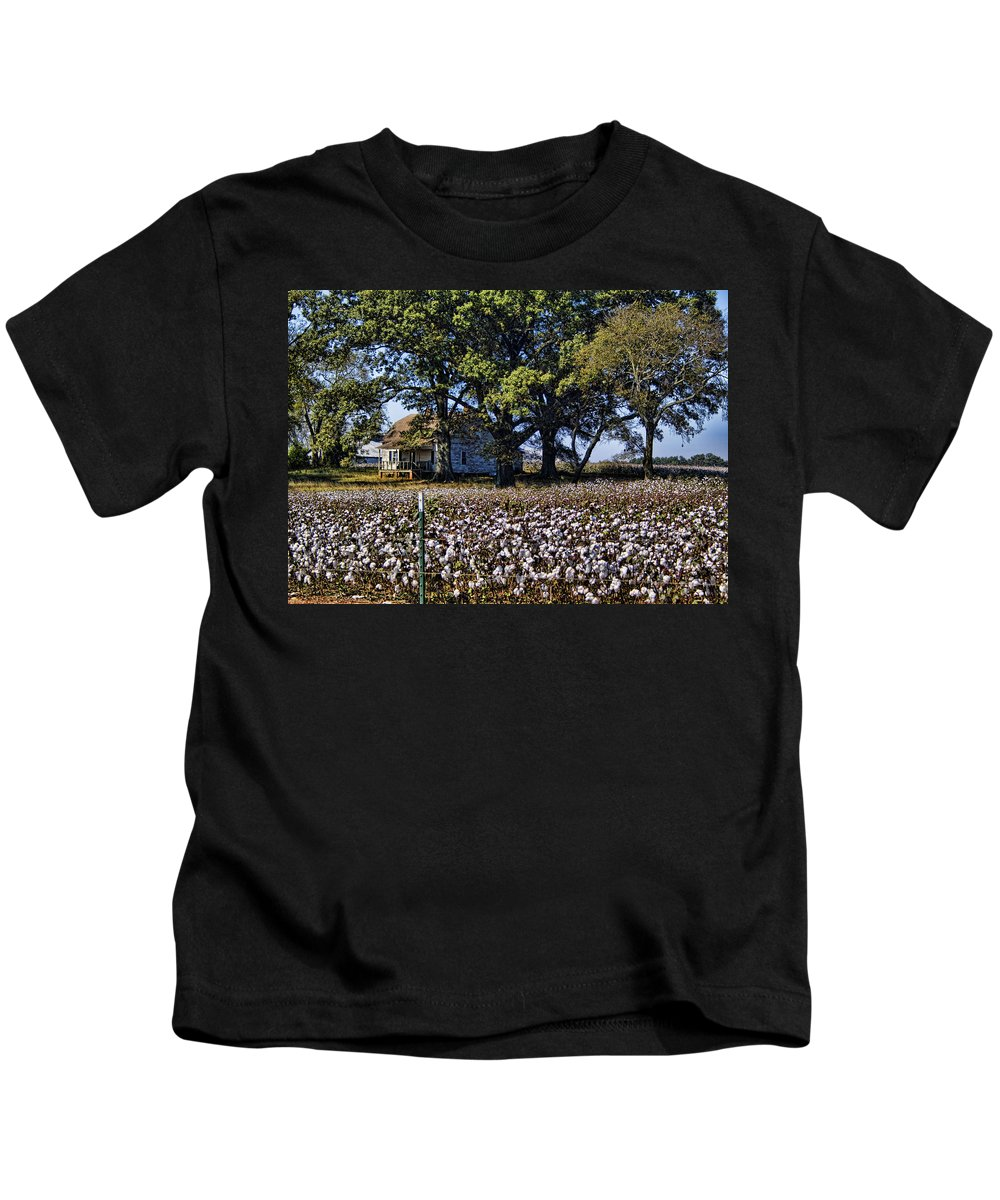 Cotton Kids T-Shirt featuring the photograph Old Time Farm And Cotton Fields by Kathy Clark