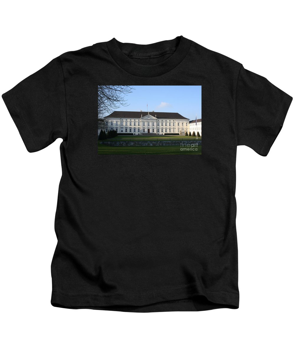 Palace Kids T-Shirt featuring the photograph Palace Bellevue - Berlin by Christiane Schulze Art And Photography