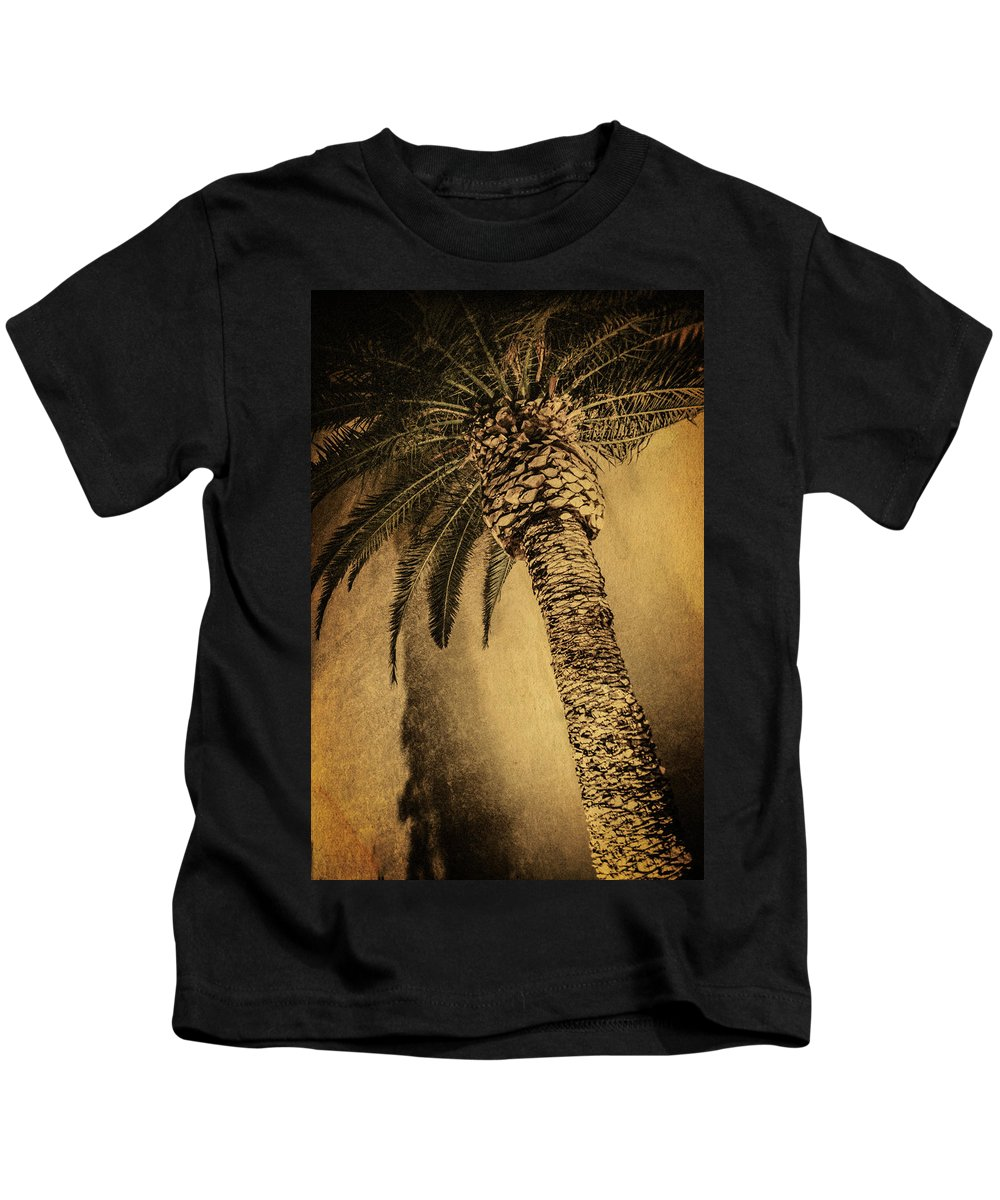Flora Kids T-Shirt featuring the photograph Palm Tree At The Aladdin Casino by YoPedro