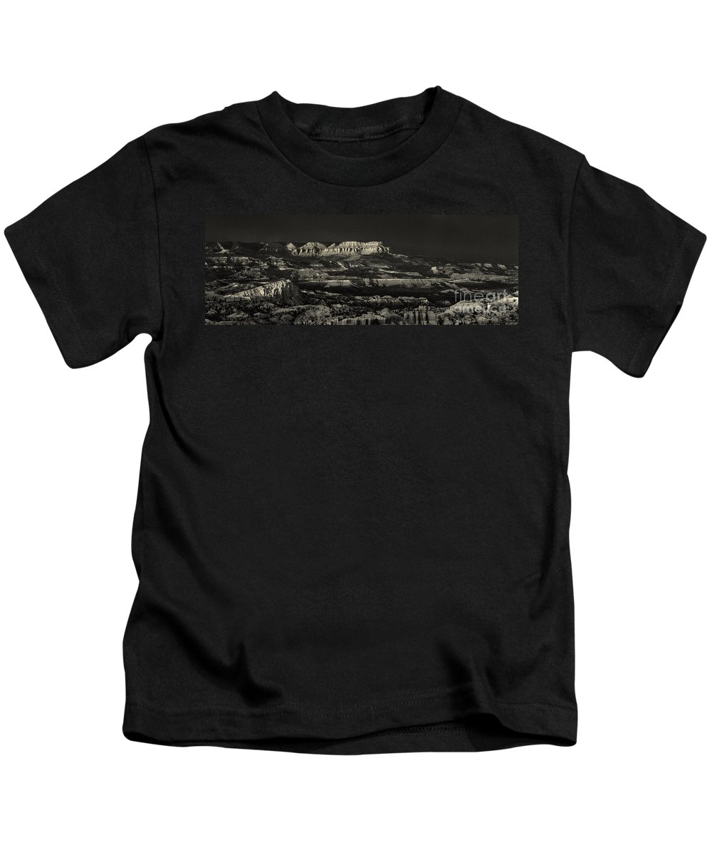 North America Kids T-Shirt featuring the photograph Panorama Bryce Canyon Storm In Black And White by Dave Welling