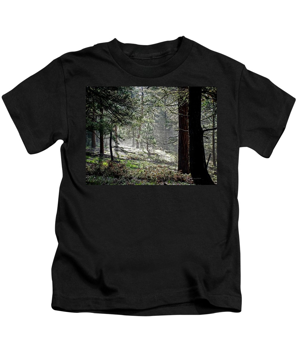 Colorado Kids T-Shirt featuring the photograph Peaceful Morning by Ernie Echols
