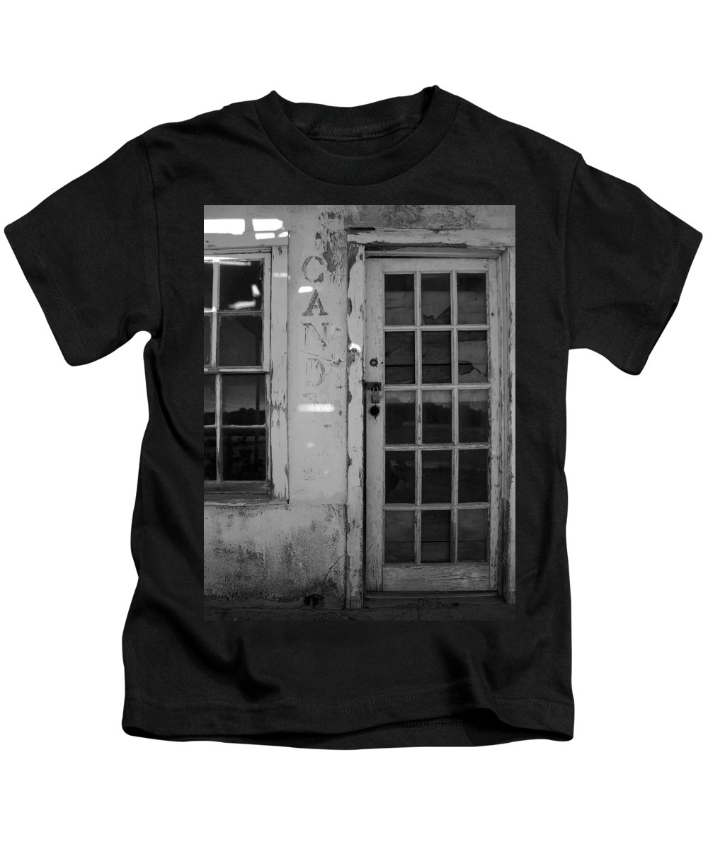 Black And White Kids T-Shirt featuring the photograph Pie Town Nm 10 by Jeff Brunton