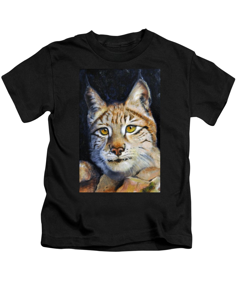 Lynx Kids T-Shirt featuring the painting Pointed Advantage - Siberian Lynx by Pamela Bergen