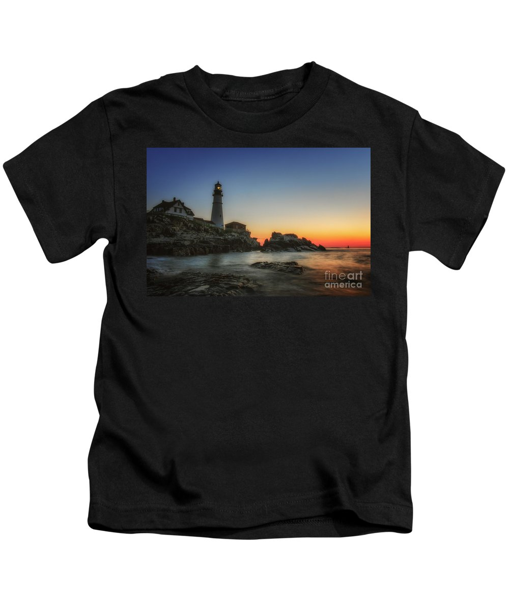 Kids T-Shirt featuring the photograph Portland Head Light by Scott Thorp