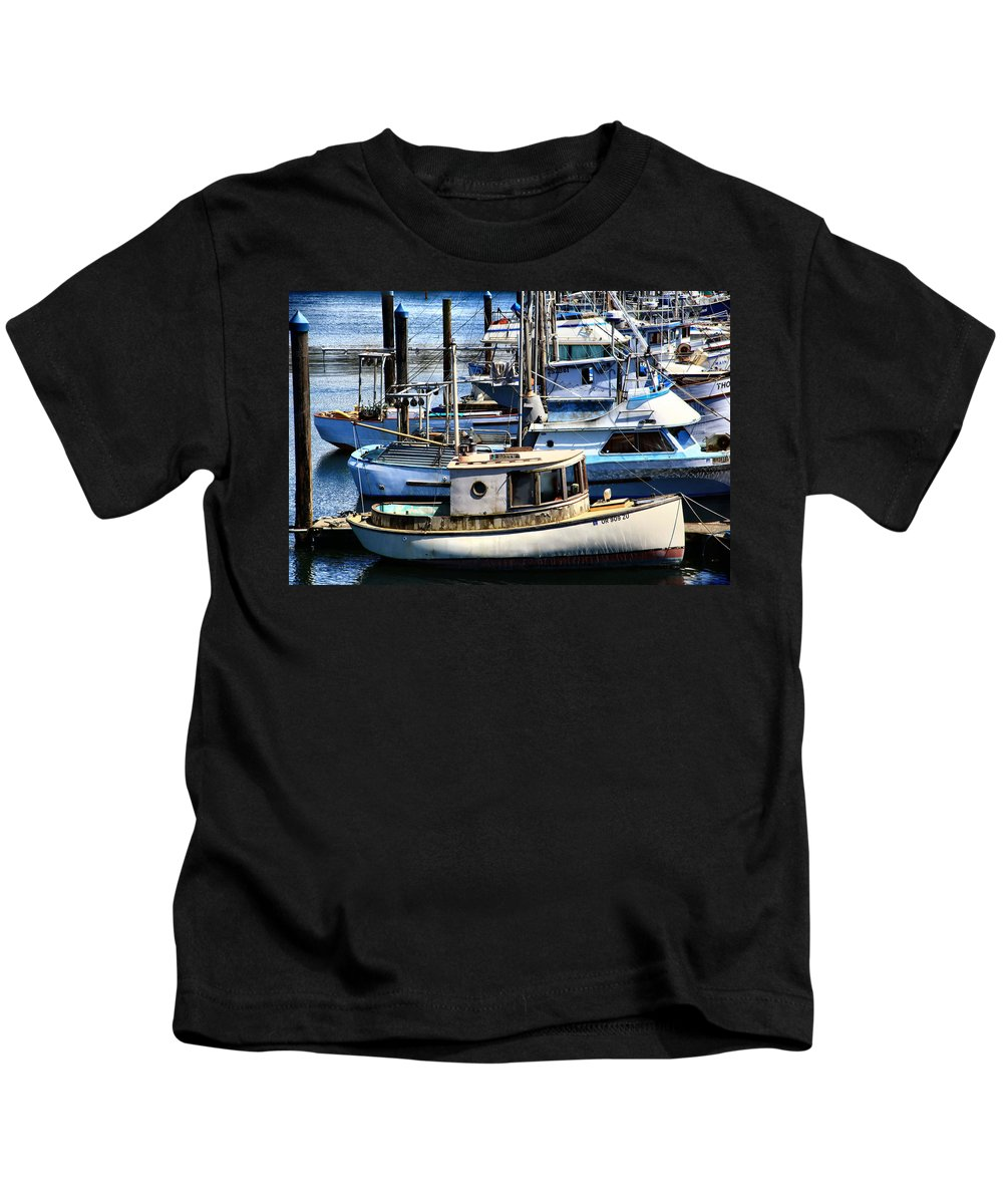 Charleston Kids T-Shirt featuring the photograph Ratty by Sally Bauer