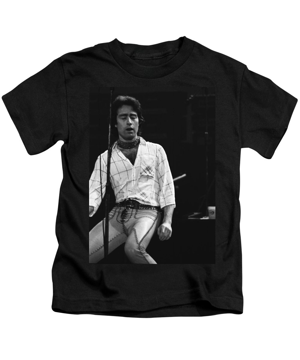 Paul Rodgers Kids T-Shirt featuring the photograph Ready For Love by Ben Upham