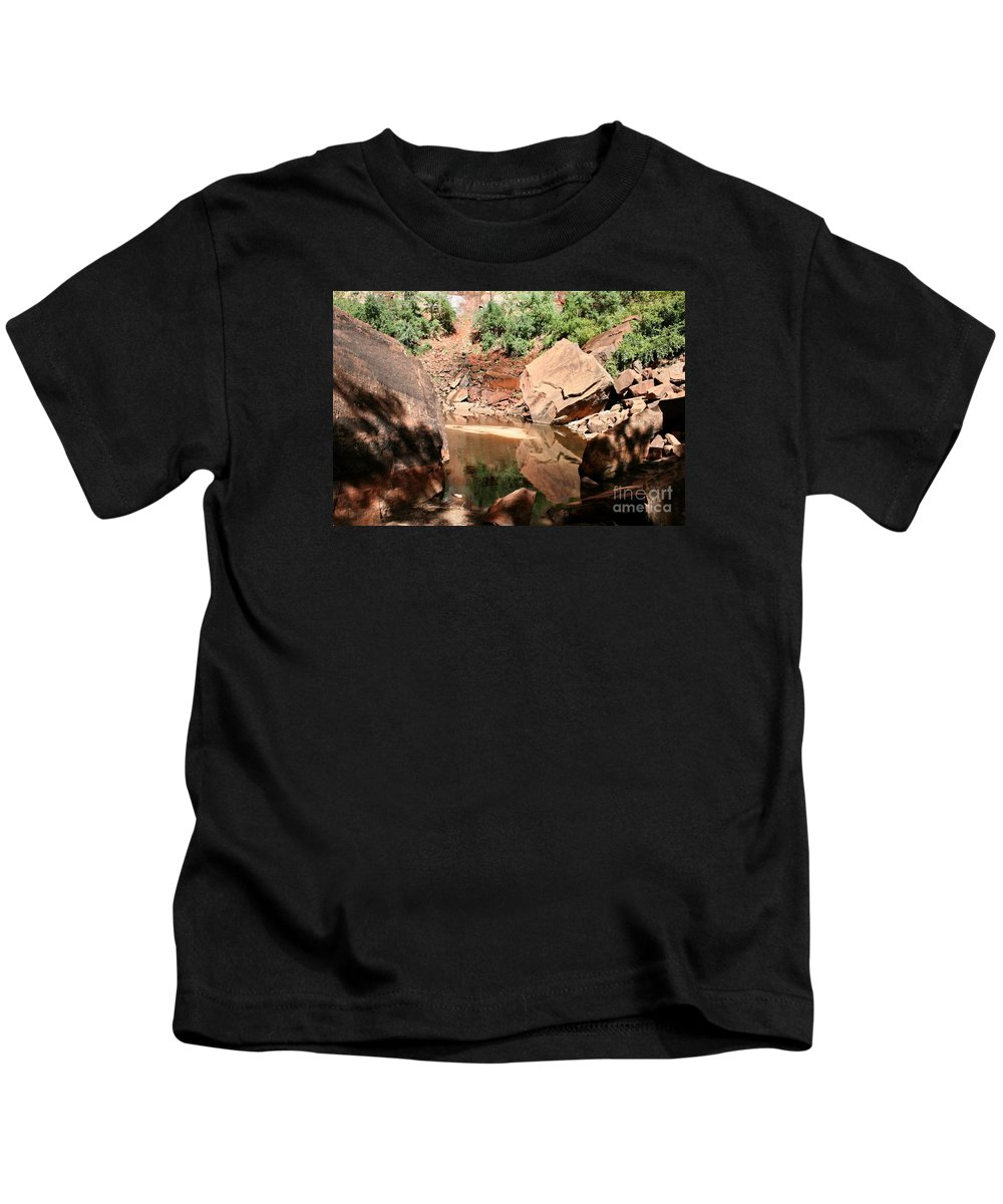 Red Rocks Kids T-Shirt featuring the photograph Red Rock Reflection I by Christiane Schulze Art And Photography