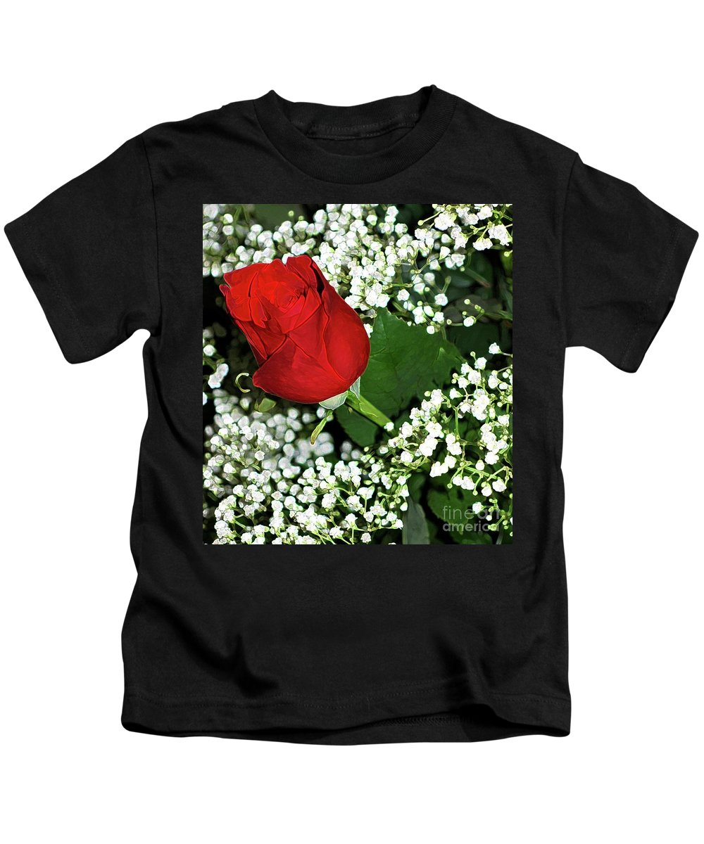 Rose Kids T-Shirt featuring the photograph Rose And Baby's Breath by Kathleen Struckle