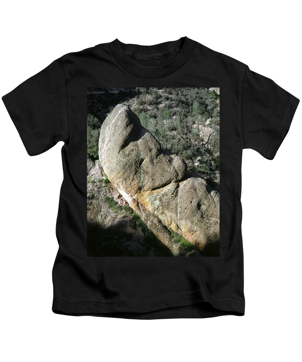 Sleeping Giant Kids T-Shirt featuring the photograph 1b6434-sleeping Giant Rock by Ed Cooper Photography