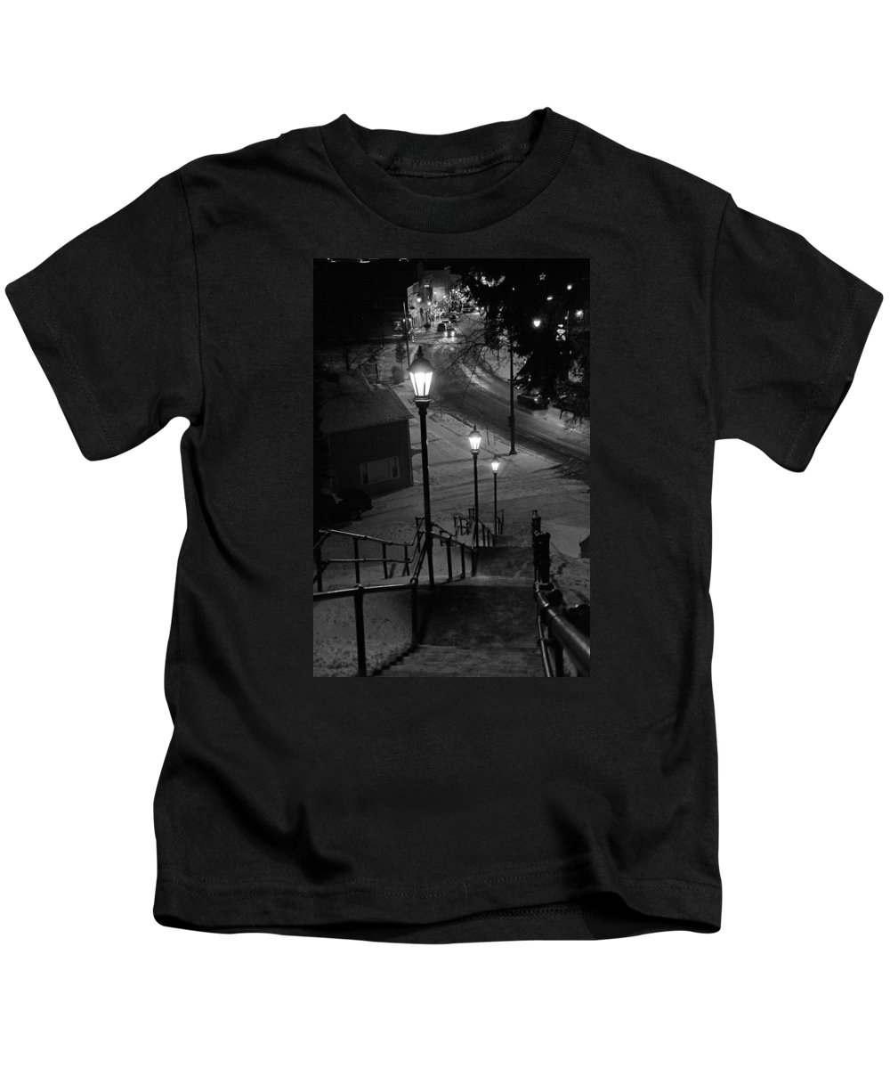 St Kids T-Shirt featuring the photograph St. Mary's Stairs by Susan McMenamin