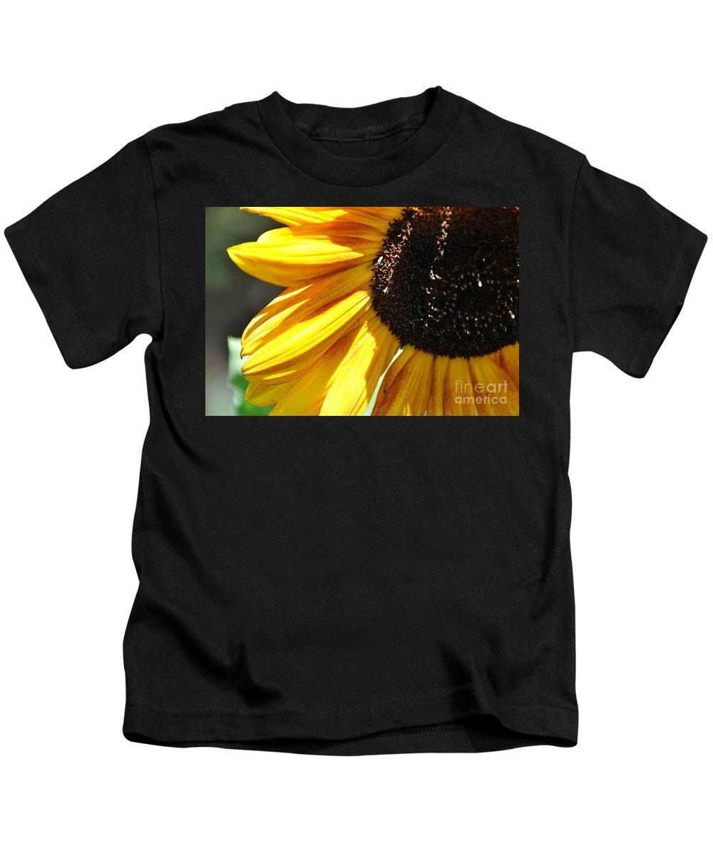 Kids T-Shirt featuring the photograph Sunflower by Cheryl Baxter