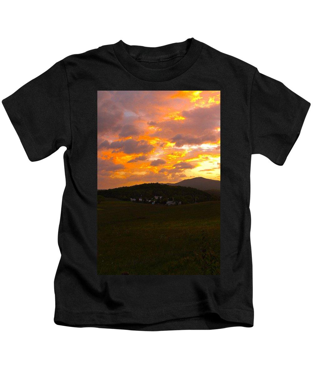 Smokies Kids T-Shirt featuring the photograph Sunrise In The Smokies by Jeff Kurtz