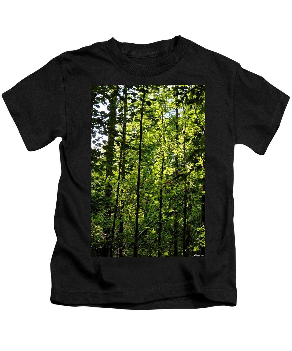 Tannehill Kids T-Shirt featuring the photograph Tannehill Forest by Maria Urso