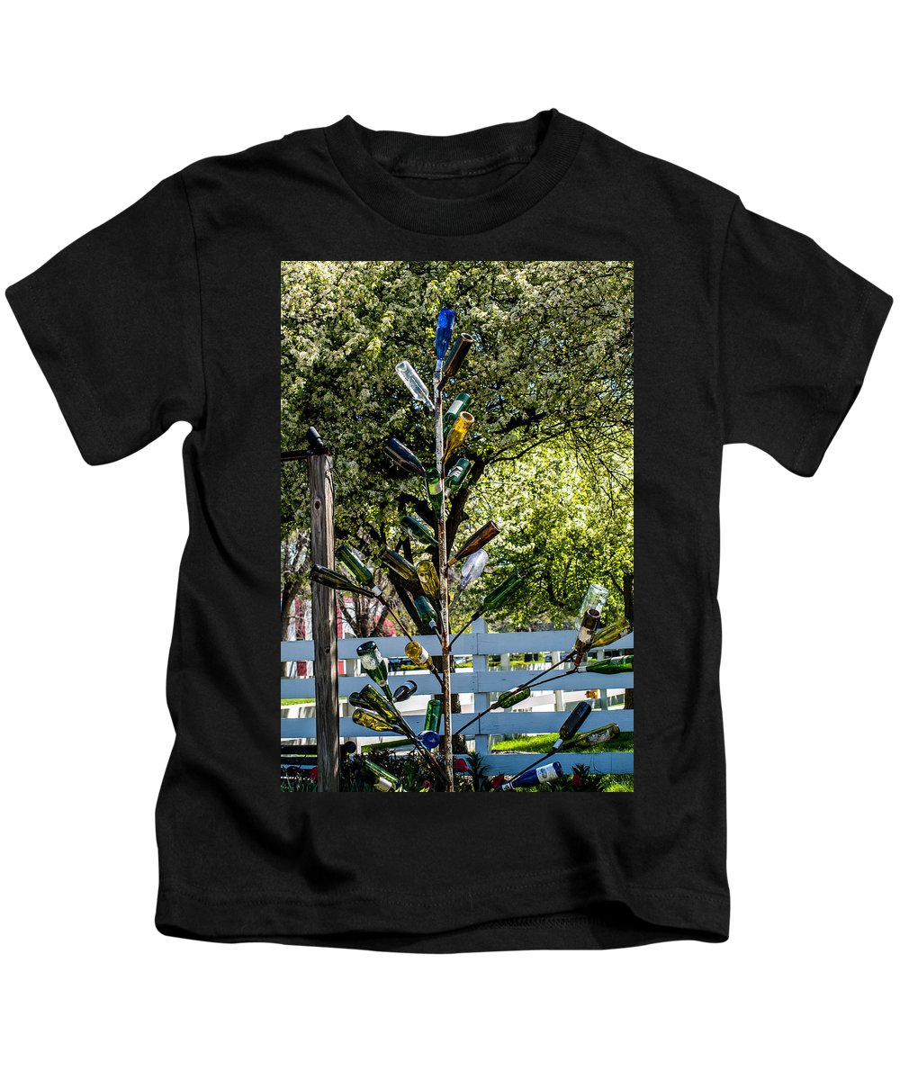 Bottles Kids T-Shirt featuring the photograph The Bottle Tree by Cathy Smith