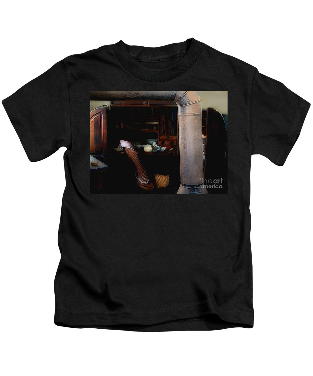 Antiques Kids T-Shirt featuring the painting The Doctor Is Out by RC DeWinter