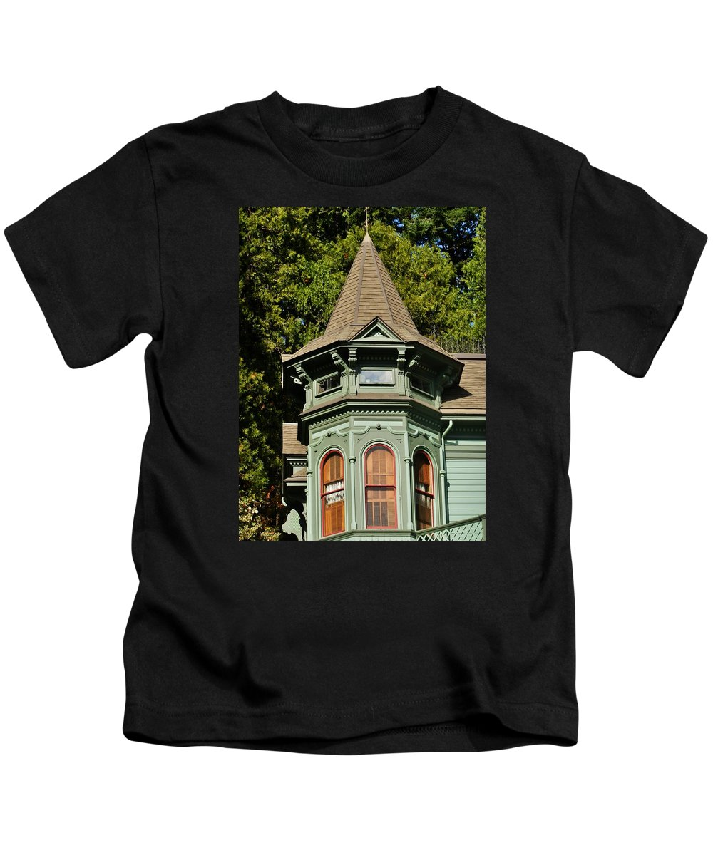 House Kids T-Shirt featuring the photograph The Tower by VLee Watson