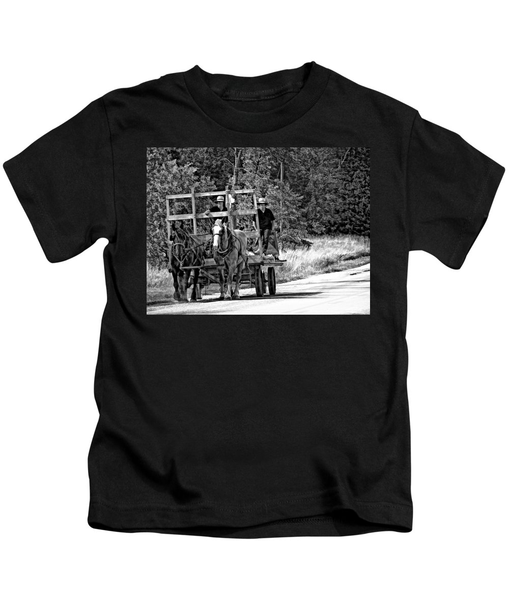 Amish Kids T-Shirt featuring the photograph Time Travelers Bw by Steve Harrington